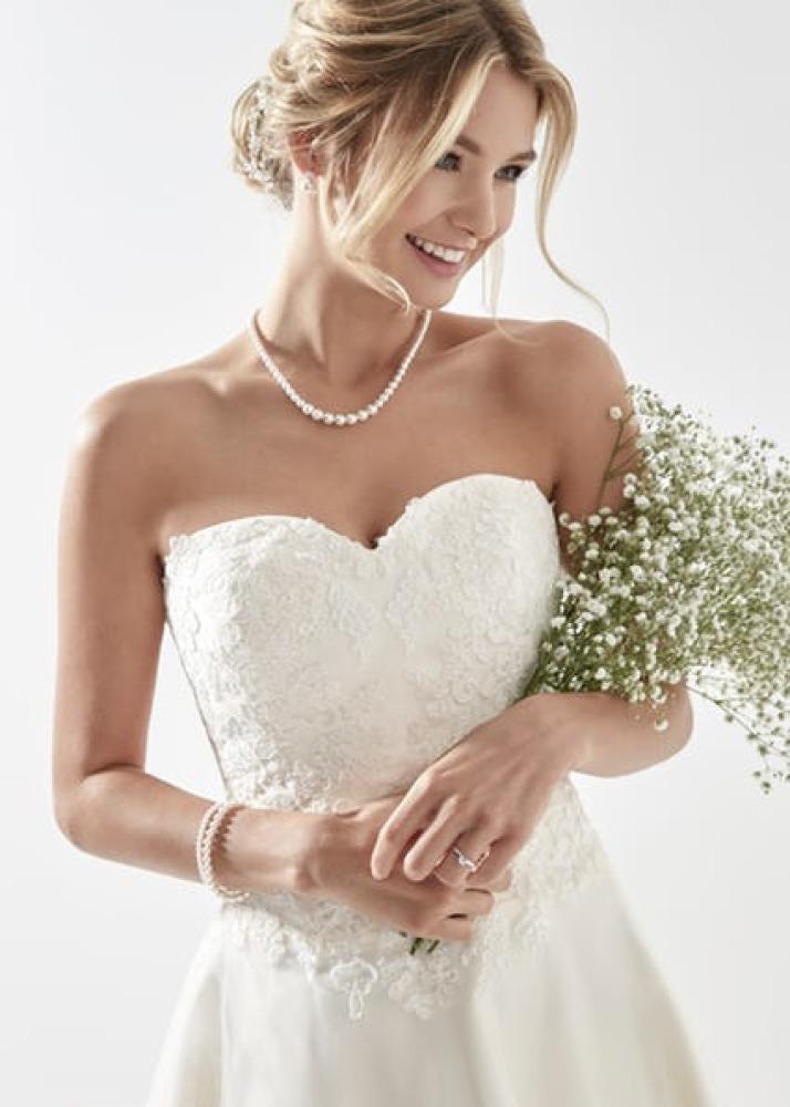 0c6e64e036ae Brudekjole blonder - Book prøvetid af vintage brudekjoler med blonder